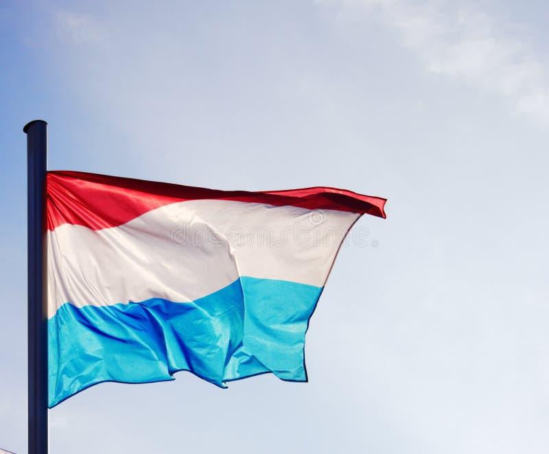 Λουξεμβούργια σημαία σε ένα καλό φως στοκ εικόνα με δικαίωμα ελεύθερης χρήσης