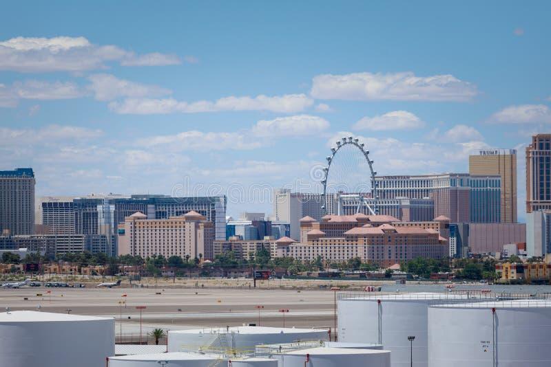 Λουρίδα Vegas, 3 τέντωμα 8 μιλι'ου που χαρακτηρίζεται με τα παγκόσμιας ποιότητας ξενοδοχεία και τη χαρτοπαικτική λέσχη στο Λας Βέ στοκ εικόνα με δικαίωμα ελεύθερης χρήσης