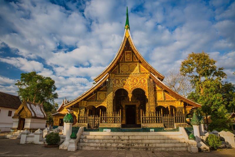 Λουρί Xieng Wat, βουδιστικός ναός στη παγκόσμια κληρονομιά Luang Prabang στοκ εικόνα
