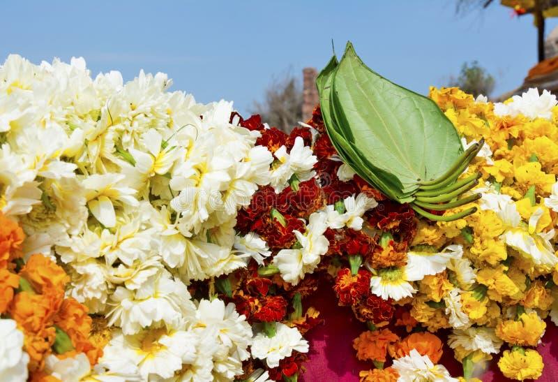 Λουλούδια για τη λατρεία στοκ φωτογραφία