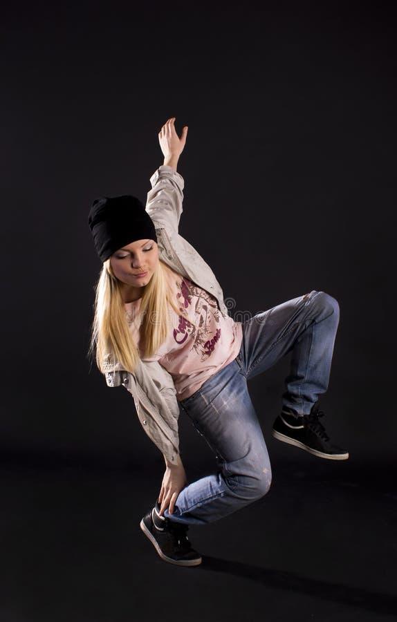 λυκίσκος ισχίων χορού σύ&ga στοκ φωτογραφία