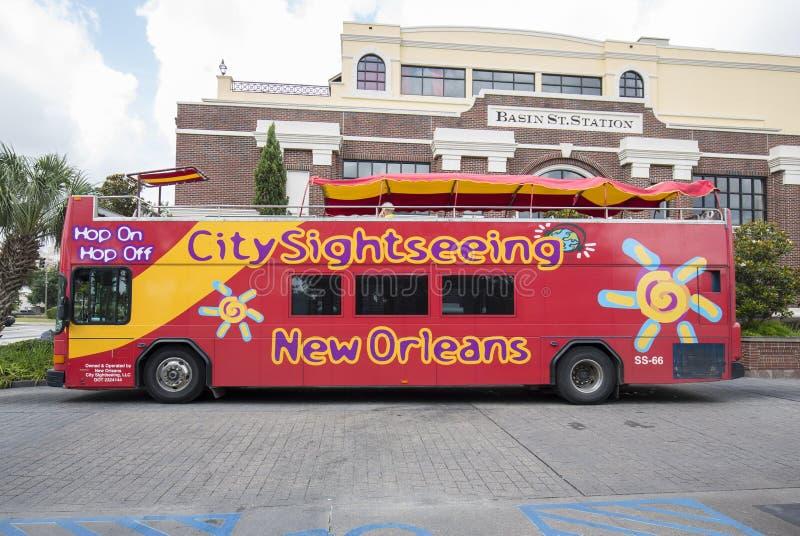 Λυκίσκος στο λυκίσκο από το τουριστηκό λεωφορείο επίσκεψης πόλεων, Νέα Ορλεάνη στοκ εικόνα