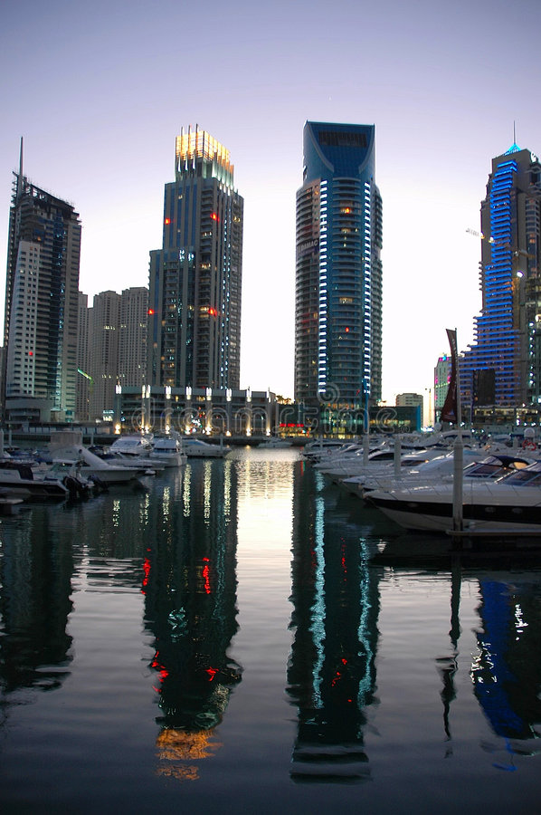 λυκόφως μαρινών του Ντουμπάι