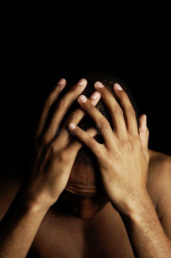 λυπημένος που συγκλονί&z στοκ φωτογραφίες
