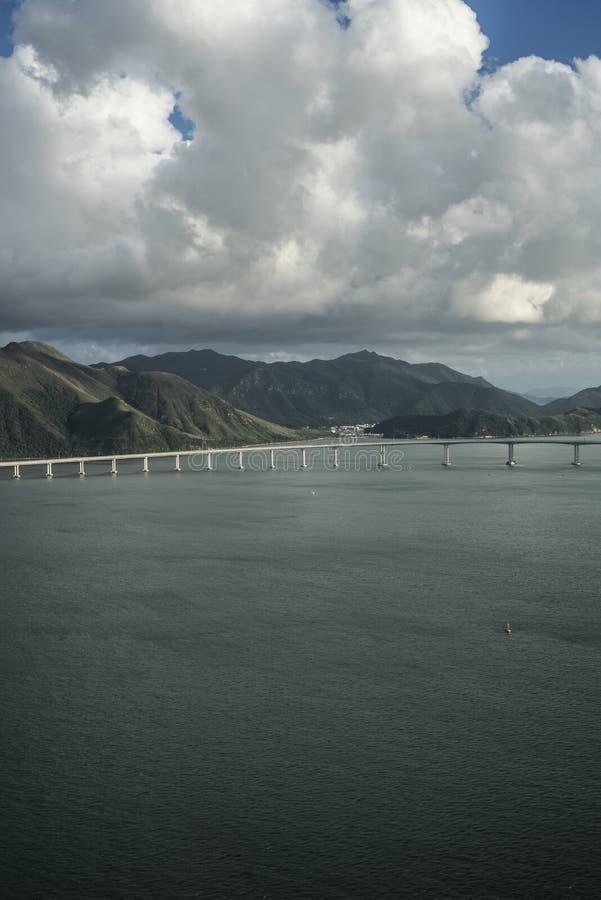 Λόφοι και θάλασσα του Χονγκ Κονγκ στοκ εικόνες