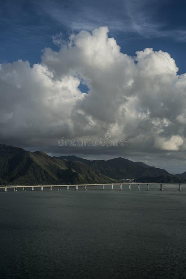 Λόφοι και θάλασσα του Χονγκ Κονγκ στοκ φωτογραφίες με δικαίωμα ελεύθερης χρήσης