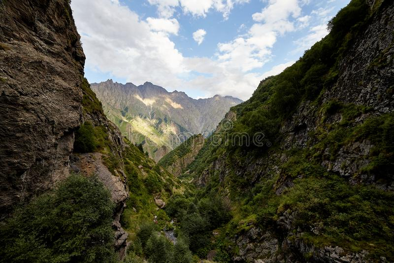 Λόφοι του Καύκασου στη Γεωργία στοκ εικόνα