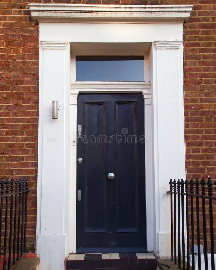 Λόφος Notting, Λονδίνο, grunge μαύρη πόρτα εισόδων στοκ φωτογραφία με δικαίωμα ελεύθερης χρήσης