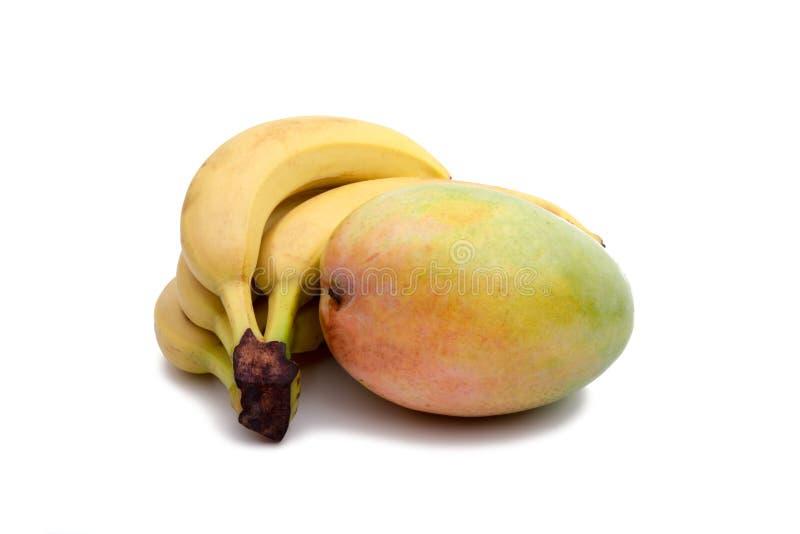 μάγκο και μπανάνα που απομονώνονται στοκ φωτογραφία