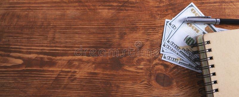 Μάνδρα σημειωματάριων δολαρίων στοκ φωτογραφία με δικαίωμα ελεύθερης χρήσης