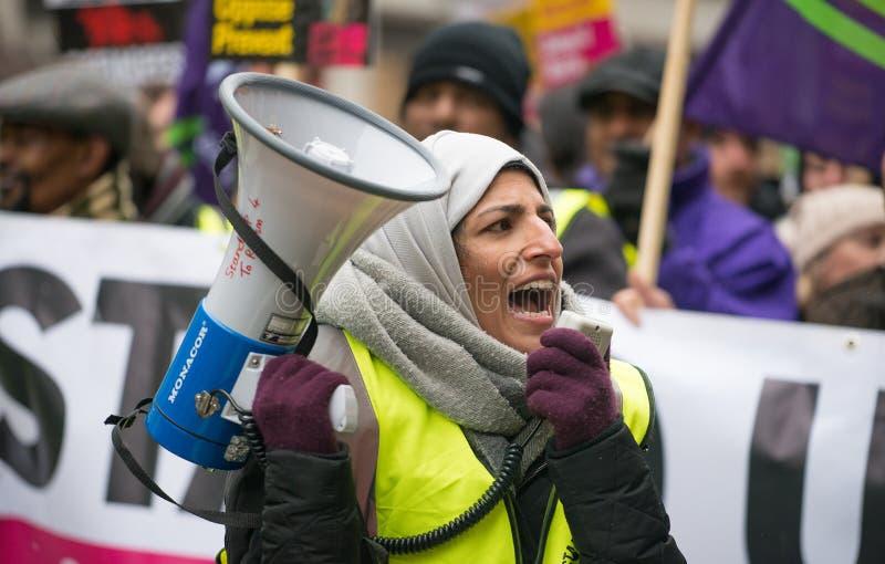 Μάρτιος ενάντια στην εθνική επίδειξη ρατσισμού - Λονδίνο - Ηνωμένο Βασίλειο στοκ εικόνες