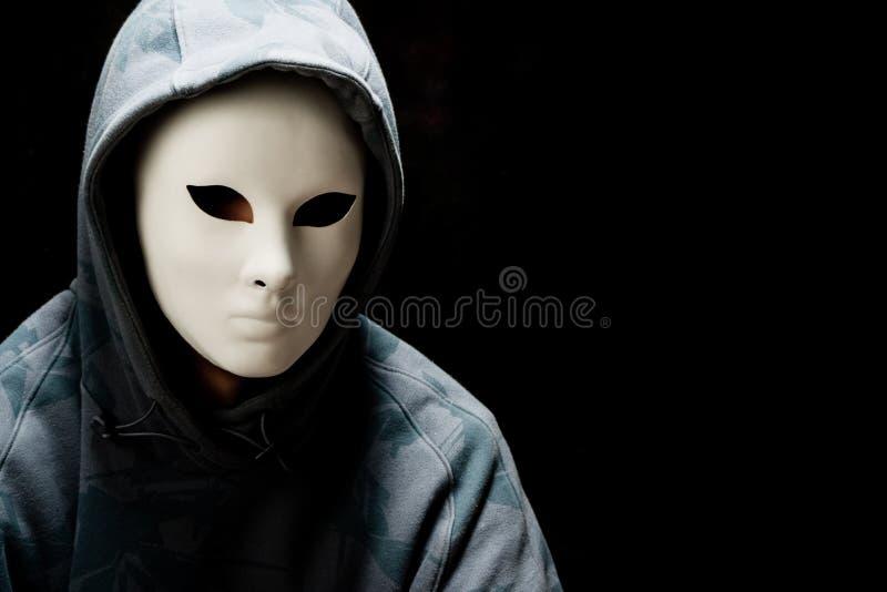 μάσκα ατόμων κουκουλών π&omicr στοκ εικόνα με δικαίωμα ελεύθερης χρήσης
