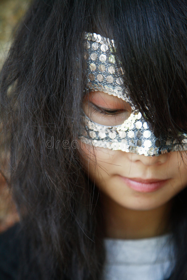 Download μάσκα κοριτσιών στοκ εικόνα. εικόνα από μυστικό, μυστήριο - 1541051