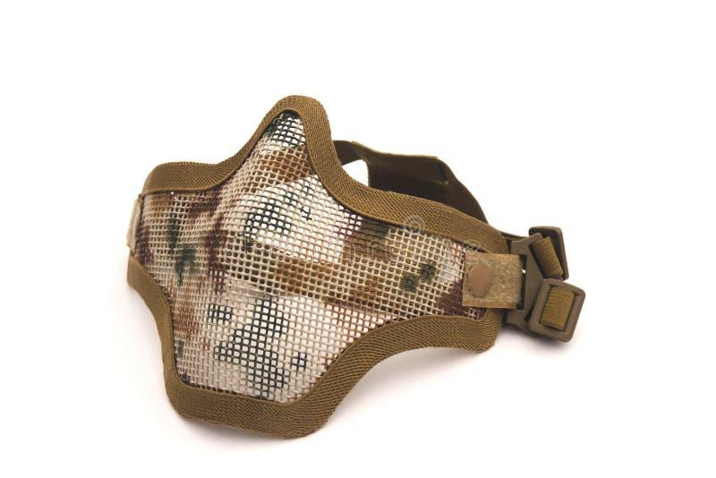 Μάσκα πλέγματος μετάλλων Airsoft, προστασία ασφάλειας προσώπου από το αθλητικό παιχνίδι πυροβολισμού στο άσπρο υπόβαθρο στοκ εικόνα