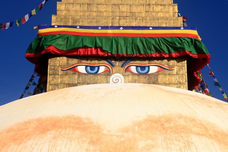 Μάτια φρόνησης του Βούδα Boudhanath Stupa στο Κατμαντού, Νεπάλ στοκ εικόνες με δικαίωμα ελεύθερης χρήσης