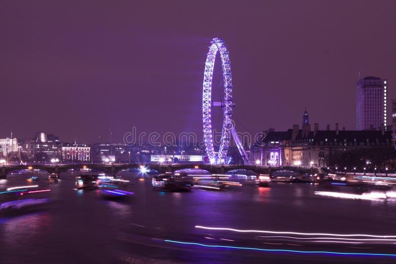 Μάτι του Λονδίνου μετά από τα πυροτεχνήματα στοκ φωτογραφίες