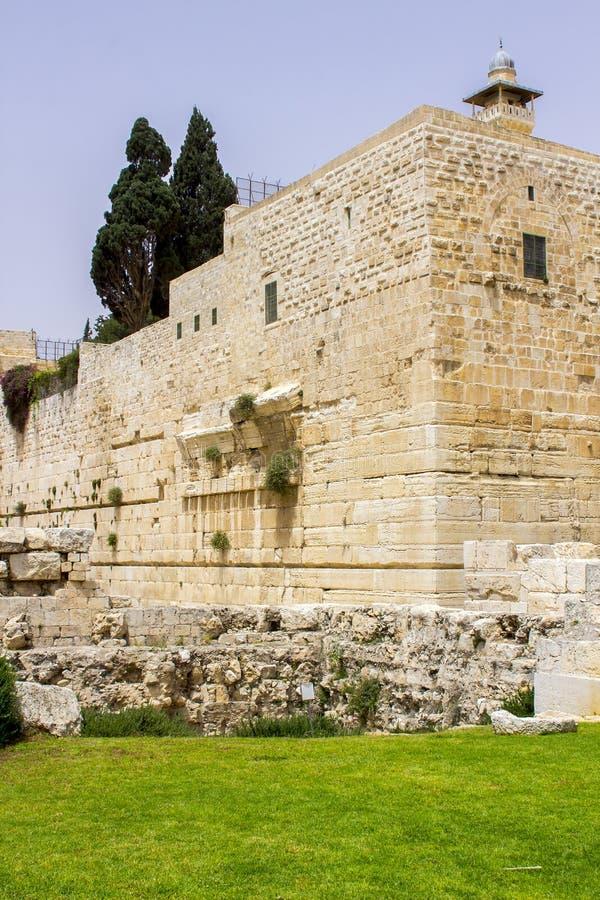 Μέρος του νότιου τοίχου του αρχαίου ναού τοποθετεί σε Jerusal στοκ φωτογραφία με δικαίωμα ελεύθερης χρήσης