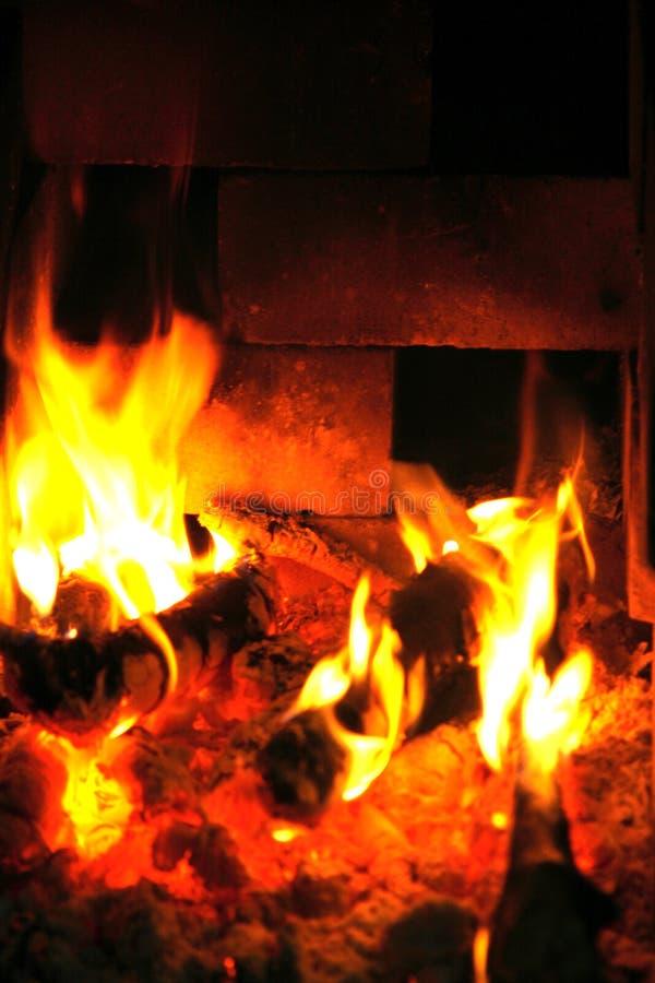 Μέσα στην πυρκαγιά στοκ εικόνες με δικαίωμα ελεύθερης χρήσης