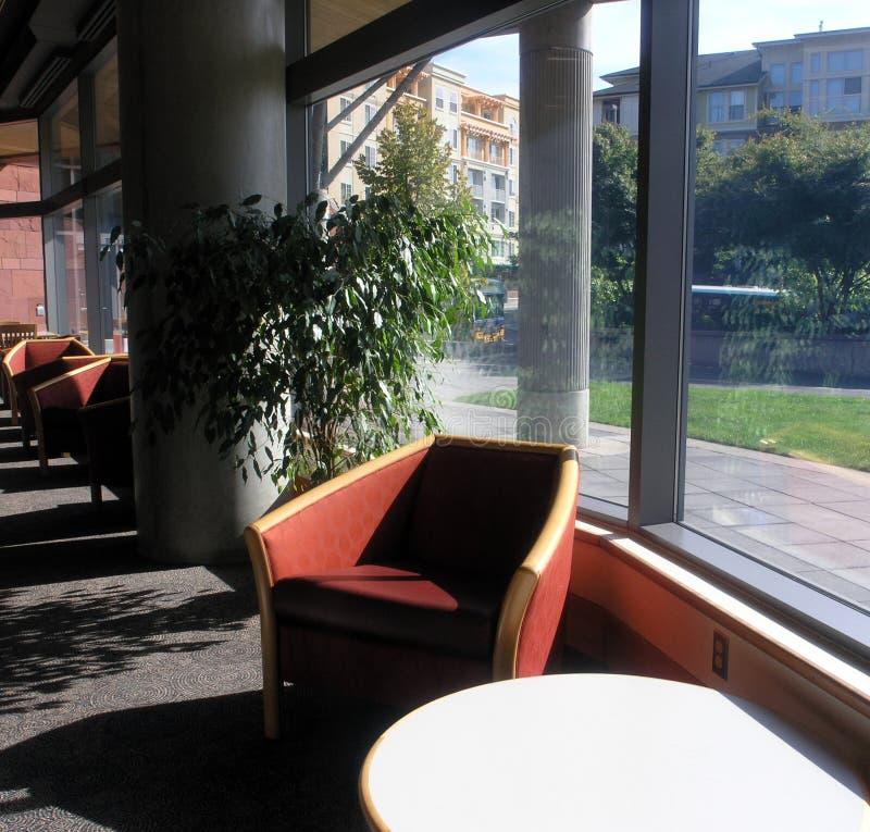 μέσα στη βιβλιοθήκη έξω Στοκ Εικόνα
