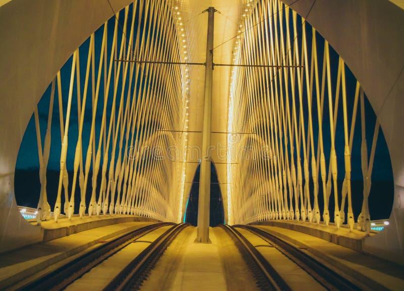Μέσα στη γέφυρα Troja στοκ φωτογραφία