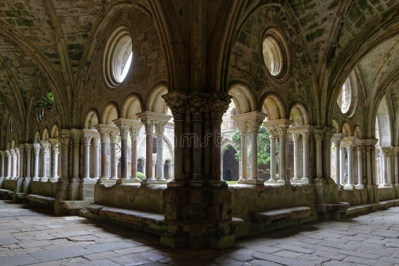 Μέσα στο μοναστήρι στοκ φωτογραφίες