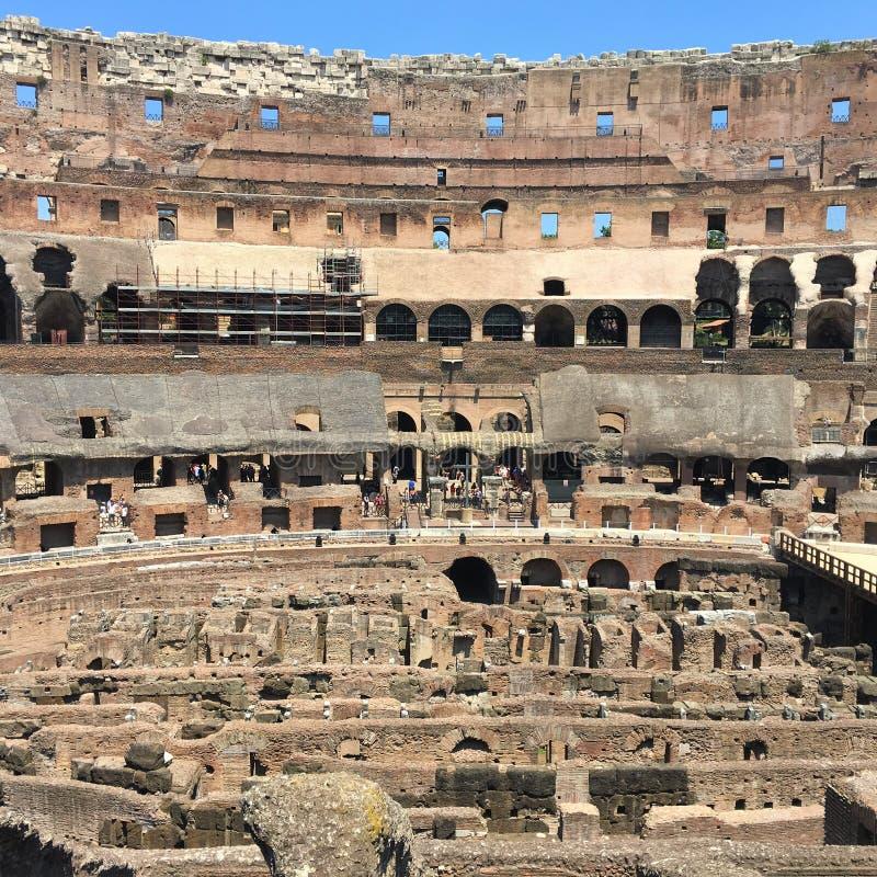 Μέσα στο Colosseum στοκ εικόνες