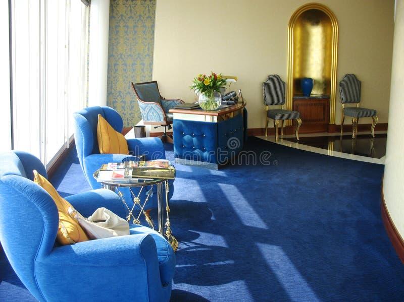 Μέσα της ακολουθίας στο αραβικό ξενοδοχείο Al Burj στο Ντουμπάι στοκ εικόνα