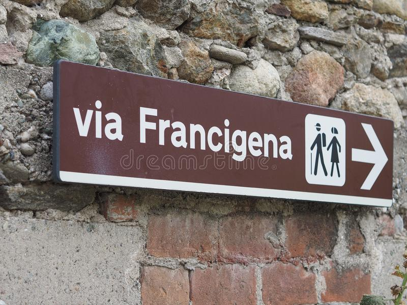 Μέσω του σημαδιού Francigena στοκ εικόνες