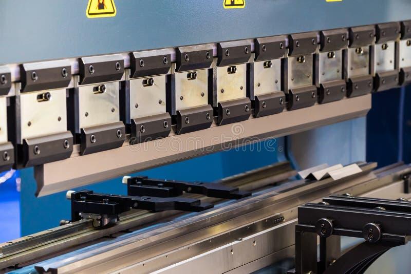 μέταλλο τεμνουσών μηχανών στοκ φωτογραφία με δικαίωμα ελεύθερης χρήσης