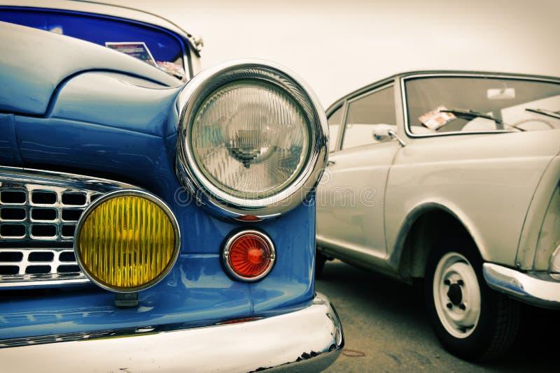Μέτωπο του παλαιού αυτοκινήτου, αναδρομικό στοκ φωτογραφία με δικαίωμα ελεύθερης χρήσης