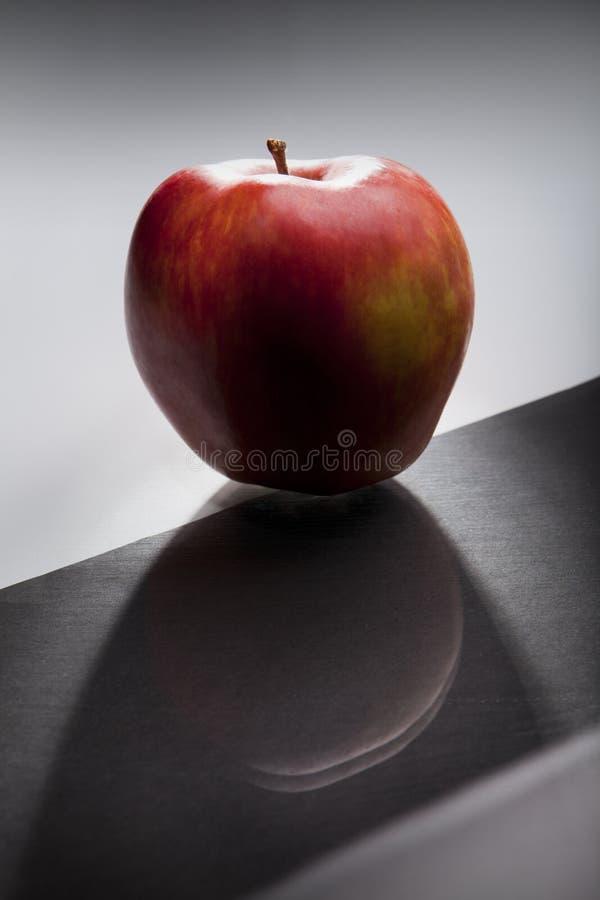 μήλο σκούρο κόκκινο Στοκ Εικόνα