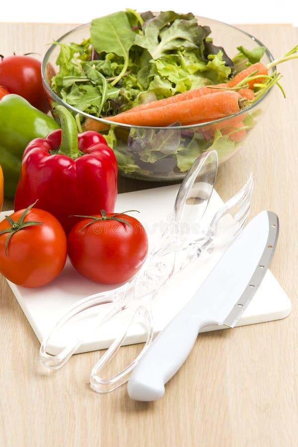Μίγμα των λαχανικών στη σαλάτα στοκ εικόνα