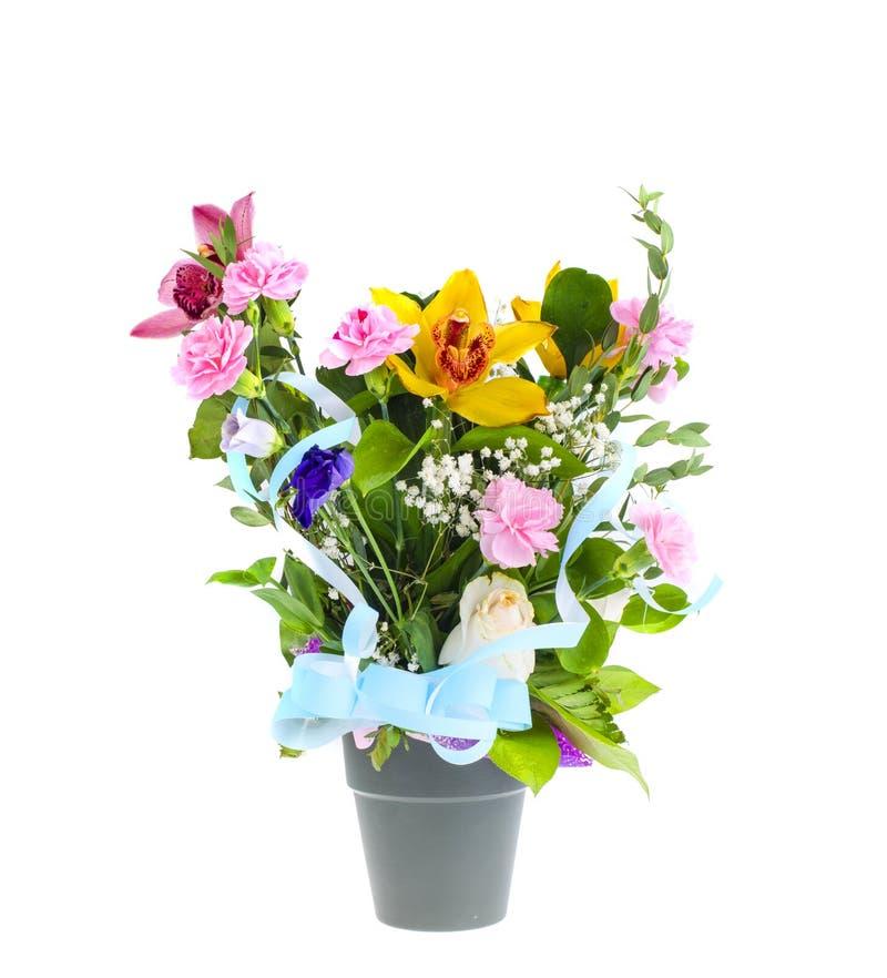 Μίγμα των πολυτελών λουλουδιών στο δοχείο στοκ φωτογραφία με δικαίωμα ελεύθερης χρήσης