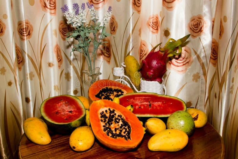 Μίγμα των τροπικών φρούτων στοκ φωτογραφίες