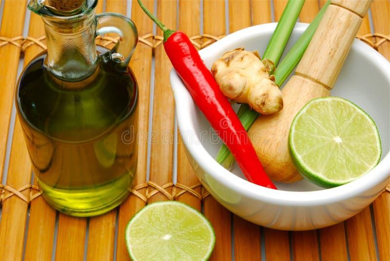 Download μαγείρεμα των καρυκευμά& στοκ εικόνες. εικόνα από lemongrass - 13179446