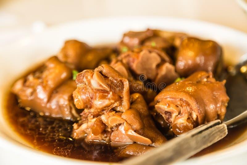 Μαγειρευμένη trotter άποψη κινηματογραφήσεων σε πρώτο πλάνο του κινεζικού χοίρου τροφίμων λιχουδιά στοκ φωτογραφία με δικαίωμα ελεύθερης χρήσης
