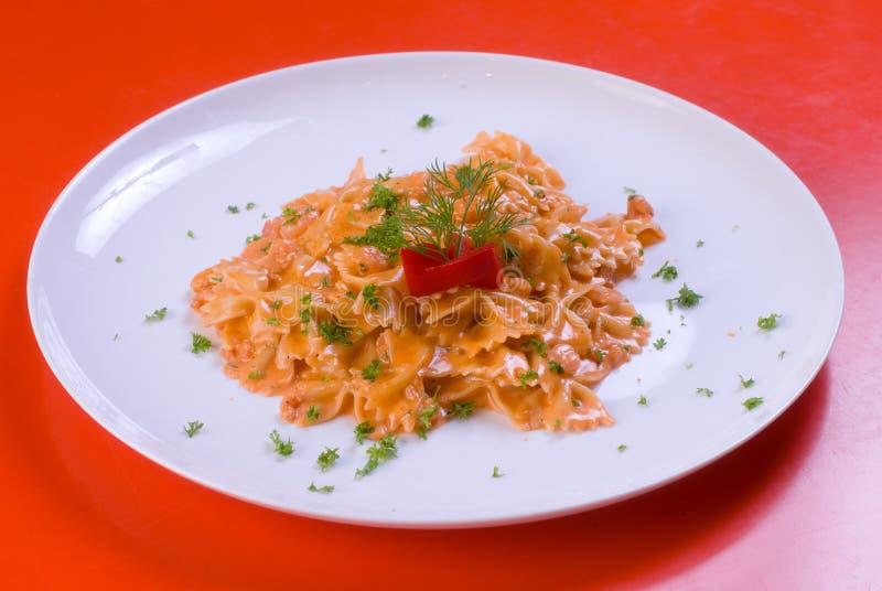 μαγειρευμένο πρόσφατα macaroni π στοκ εικόνες