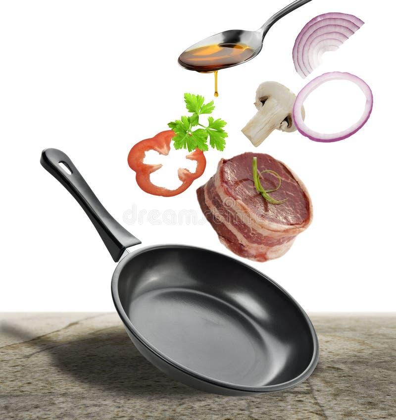 Μαγειρεύοντας συστατικά μπριζόλας στοκ εικόνα
