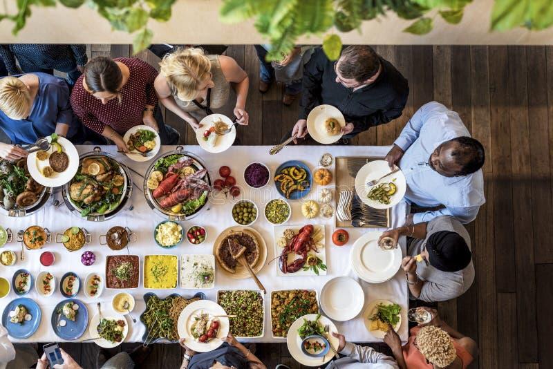 Μαγειρική γαστρονομική έννοια κόμματος μπουφέδων κουζίνας τομέα εστιάσεως τροφίμων στοκ φωτογραφία με δικαίωμα ελεύθερης χρήσης
