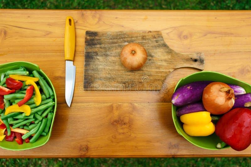 Μαγειρικό εργαστήριο σαλάτα που βλασταίνεται στενή επάνω στο λαχανικό στοκ εικόνες με δικαίωμα ελεύθερης χρήσης