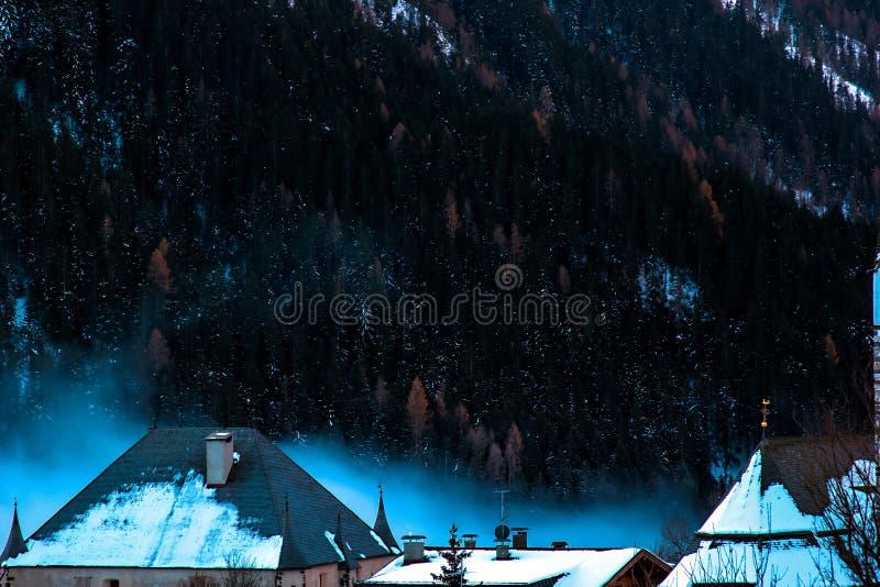 Μαγικές Άλπεις το χειμώνα στοκ εικόνες