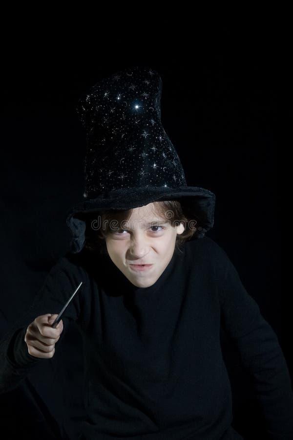 μαγική ράβδος αγοριών στοκ φωτογραφίες με δικαίωμα ελεύθερης χρήσης