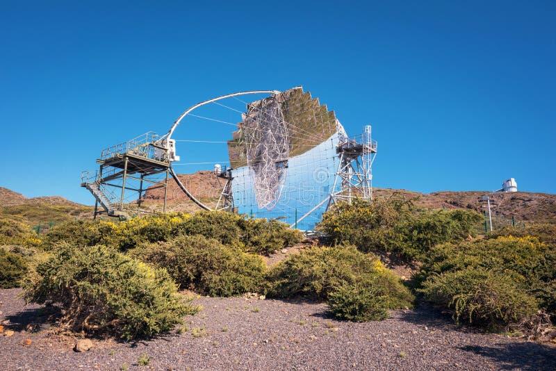 Μαγικό τηλεσκόπιο ακτίνων γάμμα στο παρατηρητήριο ORM Roque de Los muchachos, Κανάρια νησιά, Ισπανία στοκ εικόνες