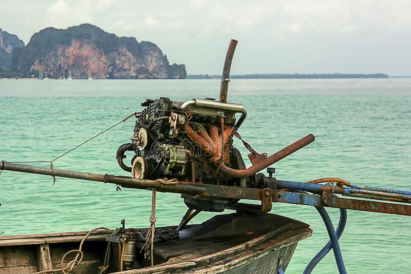 Μακριά βάρκα ουρών στοκ εικόνα