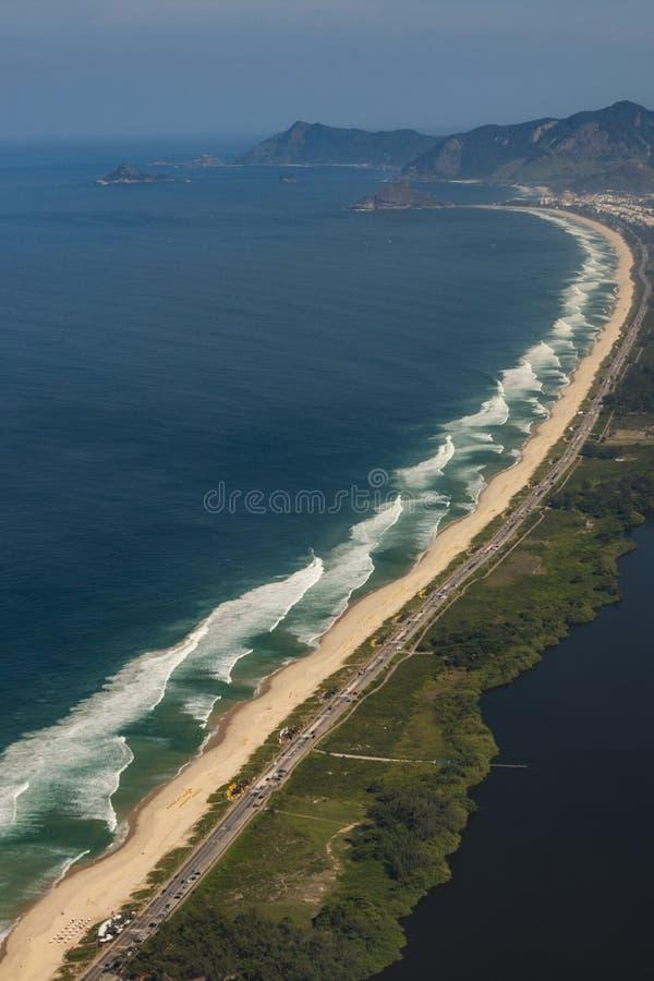 Μακριές και θαυμάσιες παραλίες, παραλία DOS Bandeirantes Recreio, Ρίο ντε Τζανέιρο Βραζιλία στοκ φωτογραφία με δικαίωμα ελεύθερης χρήσης
