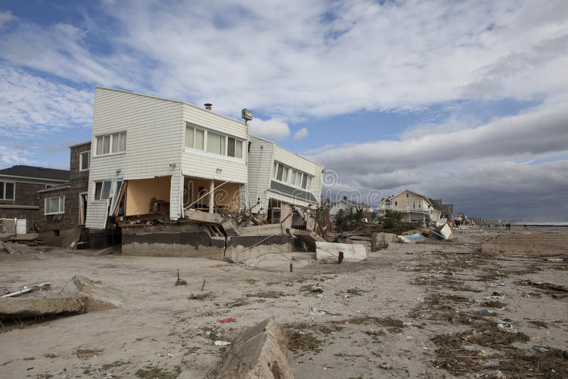 Μακρινό Rockaway μετά από τον τυφώνα αμμώδη στοκ εικόνες