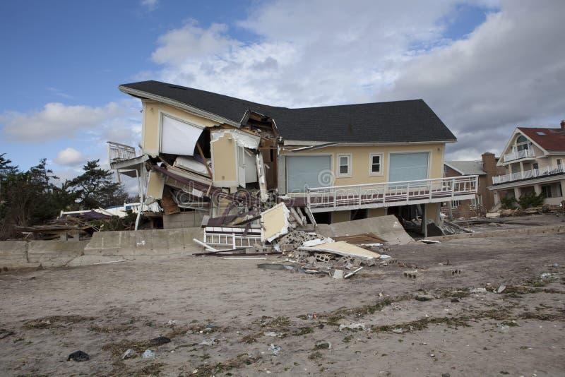 Μακρινό Rockaway μετά από τον τυφώνα αμμώδη στοκ φωτογραφίες