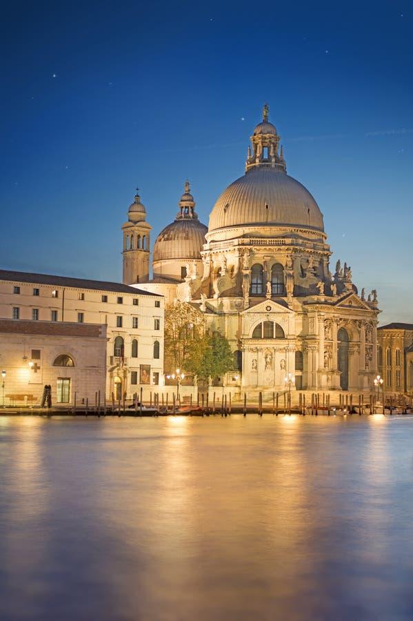 Μακροχρόνια έκθεση της νύχτας στη Βενετία, Ιταλία στοκ φωτογραφίες