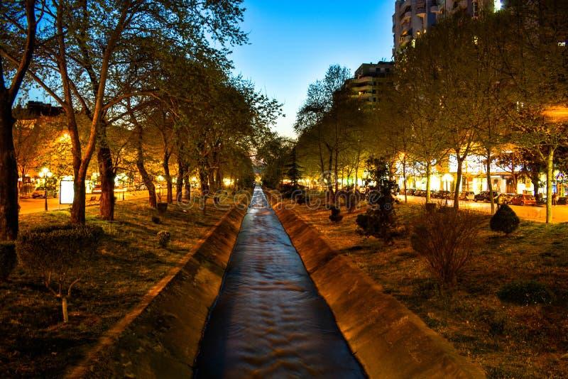 μακροχρόνια φωτογραφία έκθεσης τη νύχτα στοκ εικόνες με δικαίωμα ελεύθερης χρήσης
