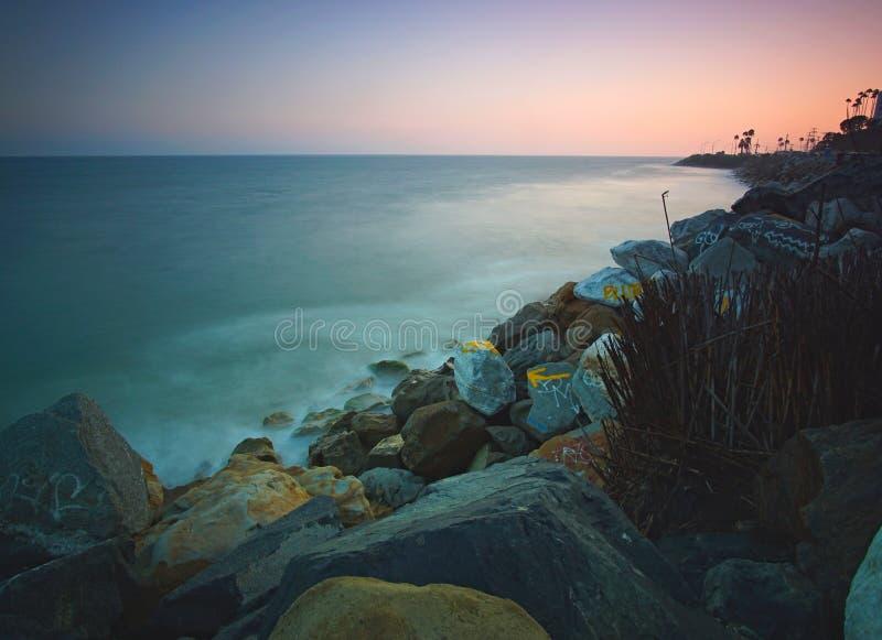 Μακροχρόνιο ηλιοβασίλεμα έκθεσης πέρα από Malibu Καλιφόρνια στοκ φωτογραφία με δικαίωμα ελεύθερης χρήσης
